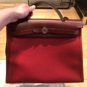 Hermès HerBag 31 toile (canvas)- burgundy red